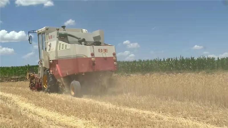 """会宁:农机化让农业生产跑出""""加速度"""""""